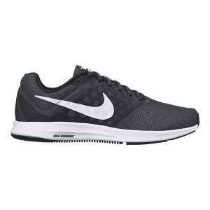 Nike DownShifter 7 (color negro)
