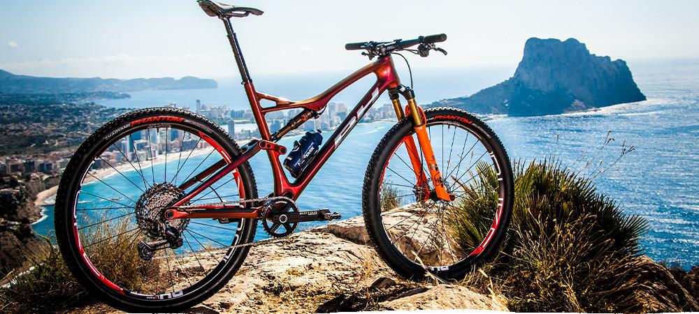 David Valero bicicleta BH Lynx